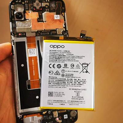 wymiana baterii w telefonie Oppo - serwis Magic Phone Warszawa