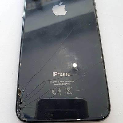 wymiana klapki baterii Iphone X